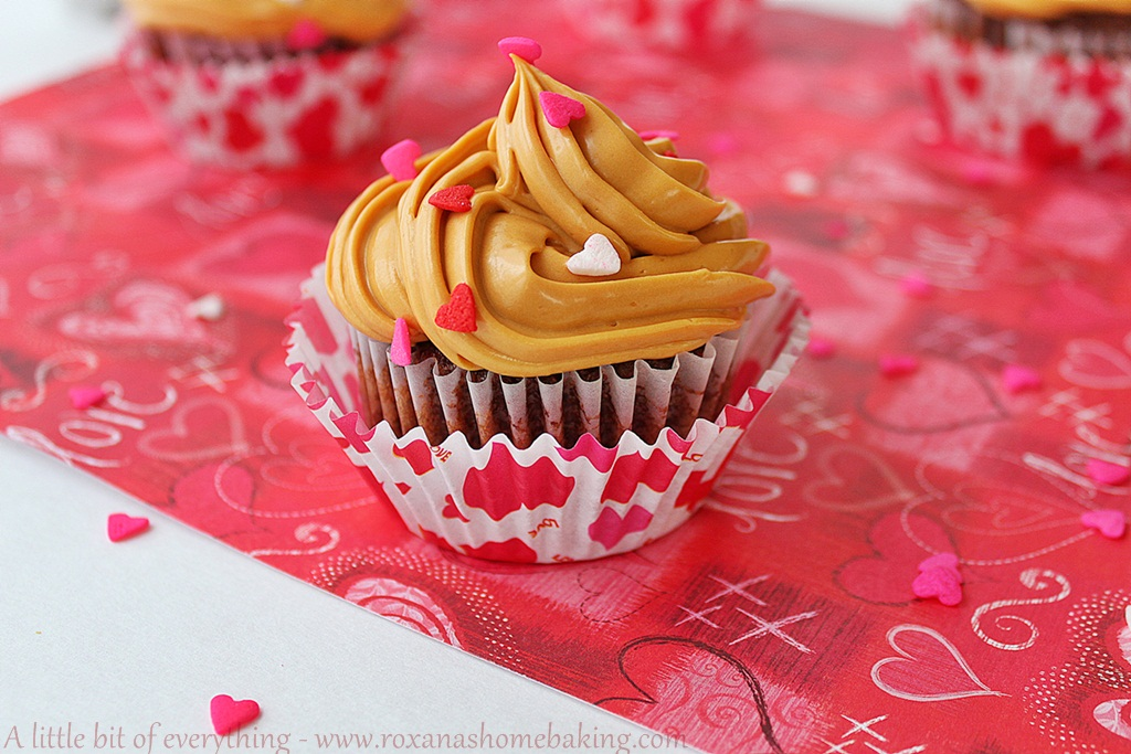Chocolate Cupcakes with Dulce de Leche Frosting from Roxanashomebaking.com
