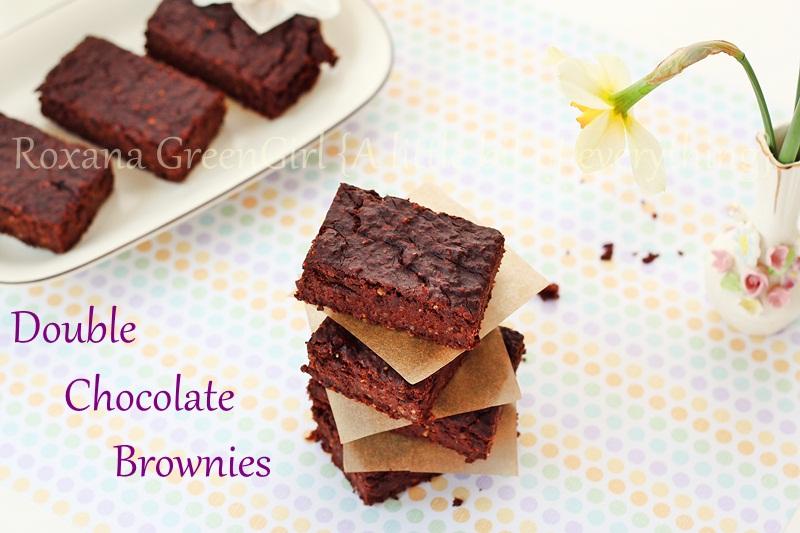 Double Chocolate Brownies | roxanashomebaking.com