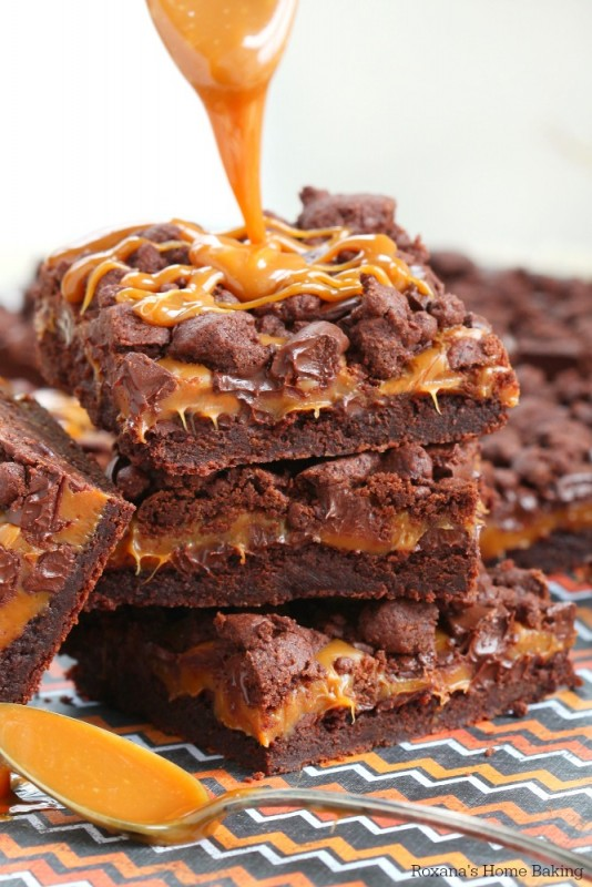 chewy chocolate caramel bars recipe 4