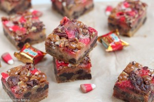 Chocolate chip cookie chewy caramel apple bars