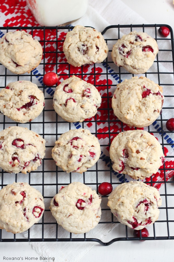 Nutty cranberry cookies