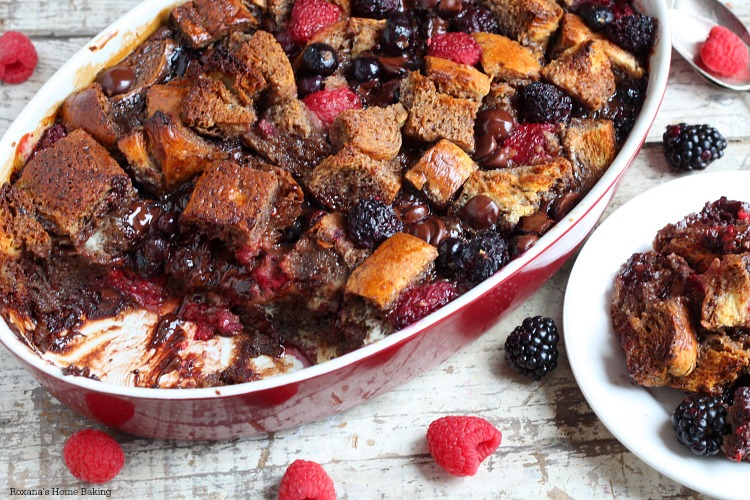 Berry chocolate french toast casserole recipe