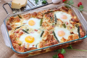 Caramelized onion and asparagus strata