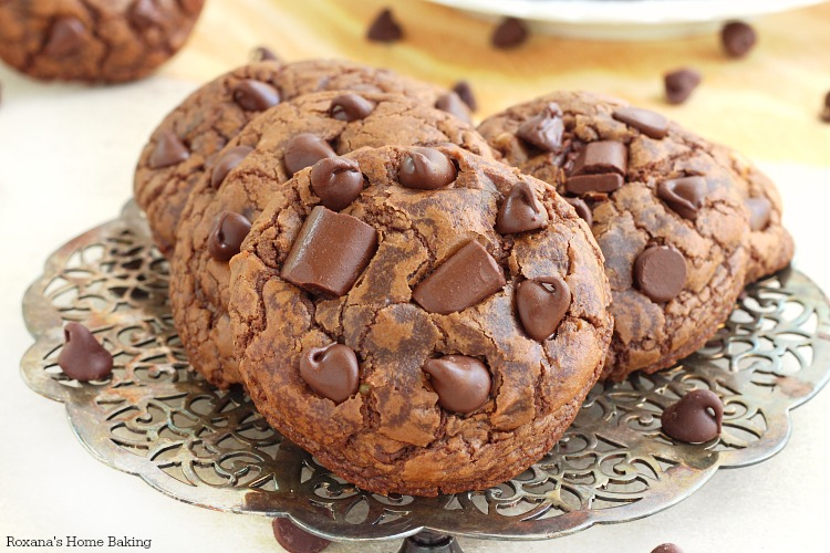chocolate lover's dream come true, these chocolate fudge cookies are ...