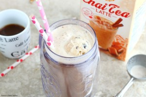 Iced coffee floats
